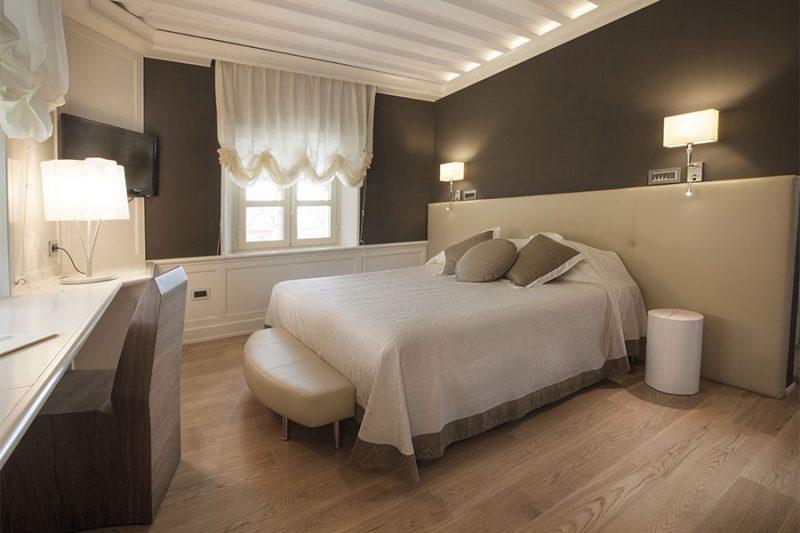 hotel_celide_room_deluxe_gallery_01-800x533